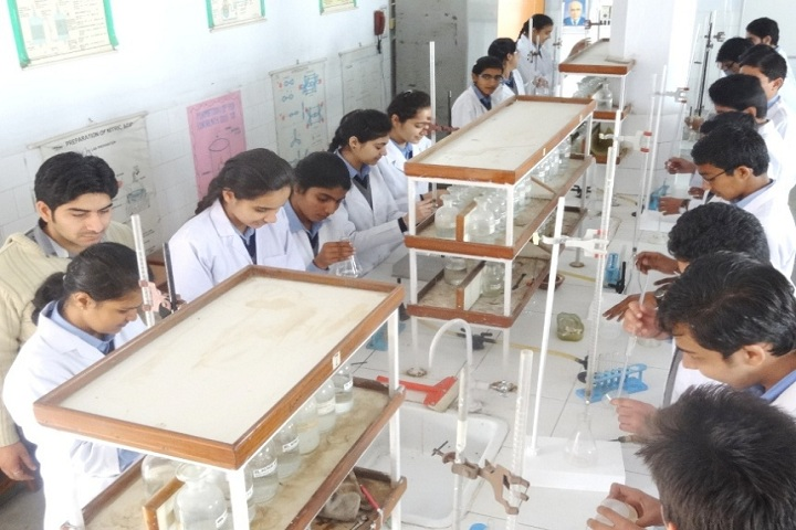 Shree Kali Devi Vidya Mandir-Science Lab