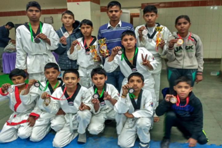 Shri Lajja Ram Bashesar Dass Gurukul Vidyapeeth-Sports