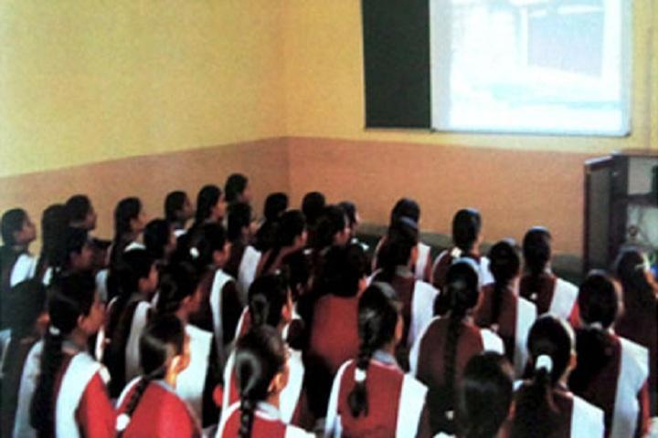 Shri Tharu Ram Arya Kanya Uchatam Madhyamik Vidyalaya-Smart Classes