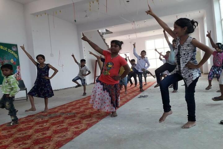 Shweta Royal Public School-Dance