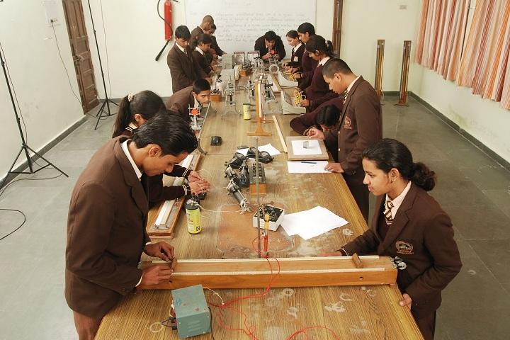 Sidhartha International School-Physics Lab