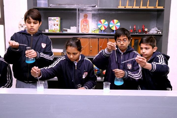 Silver Oak International School-Chemistry Lab