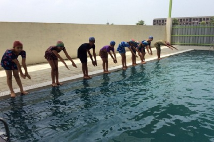 Silver Oak International School-Swimming Pool
