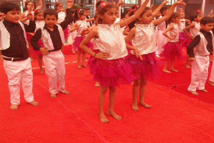 Sri Krishna Public School dance