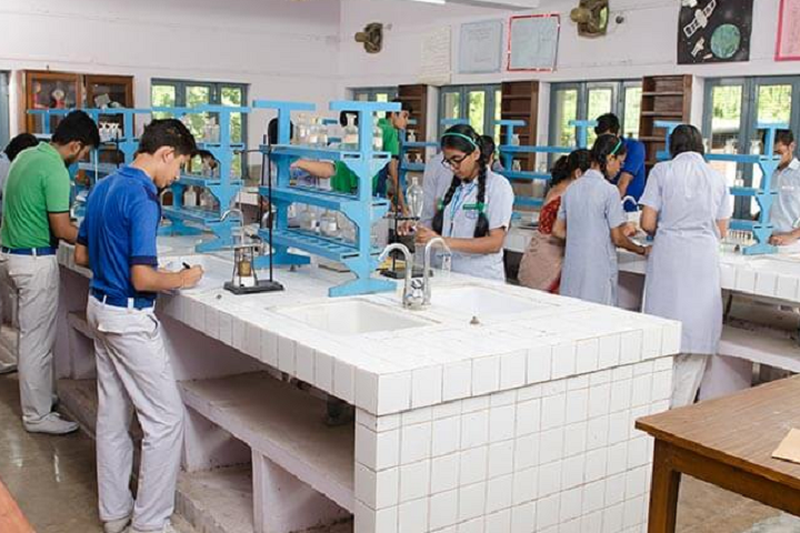 St AnthonyS Secondary School-Chemistry Lab