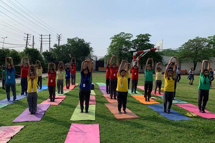 St  Johns School-Yoga