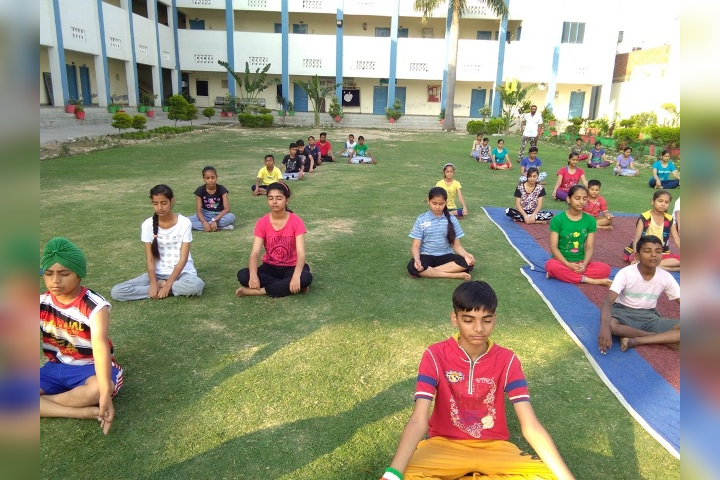 Sugni Devi Arya Girls Senior Secondary School- yoga