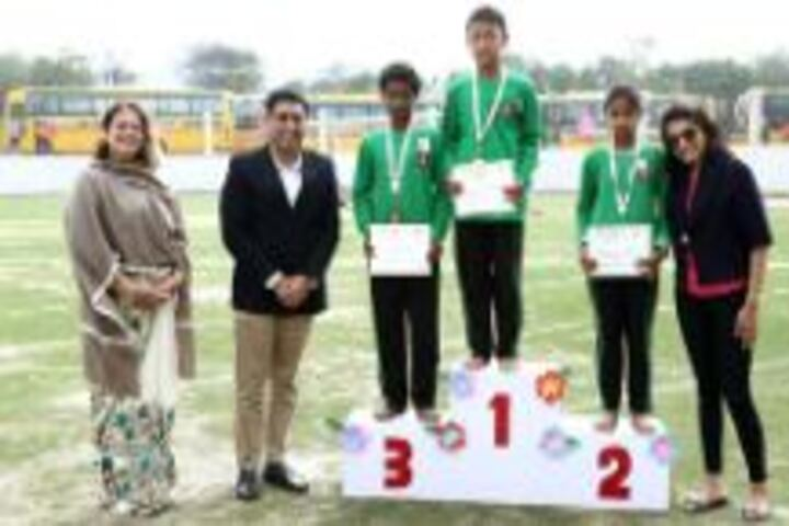 Suncity School-Felicitation