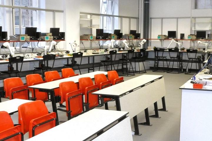 Sunglow International School-Physics Lab
