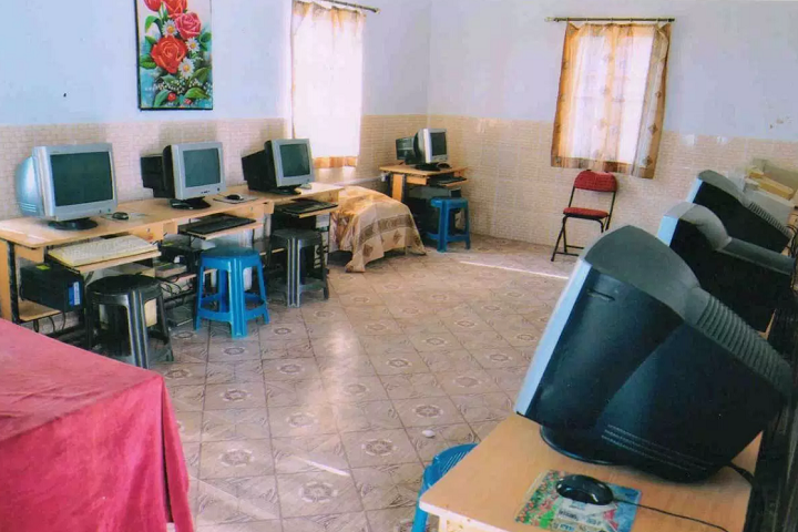 Sunshine Public School-Computer-Lab