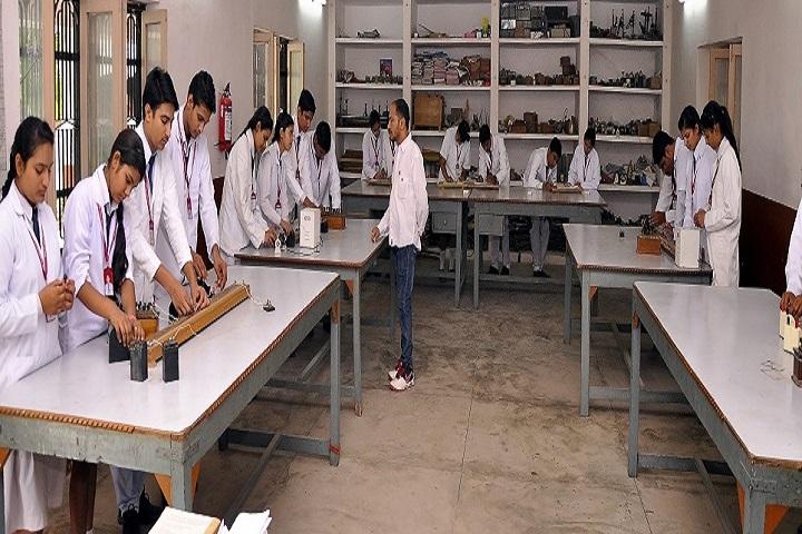 Swami Uma Bharti Senior Secondary Public School-Physic Lab