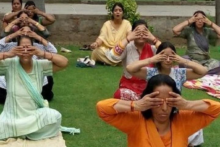 Swami Uma Bharti Senior Secondary Public School-Yoga