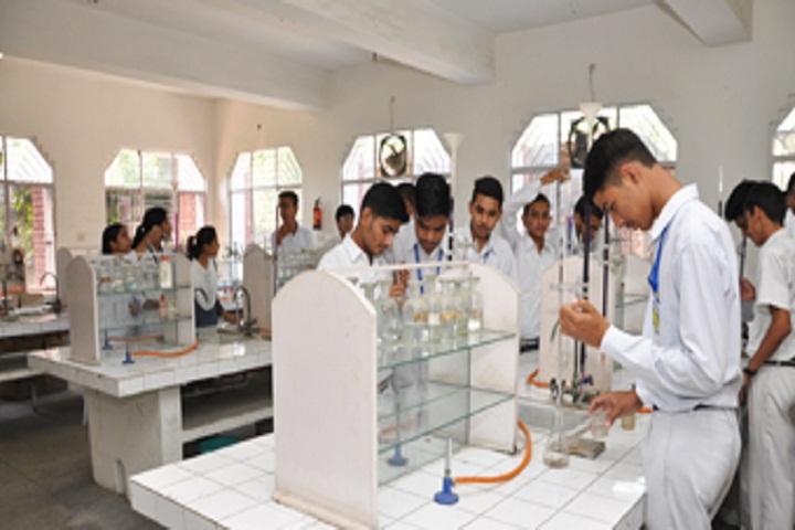 Tagore Baal Niketan-Laboratory