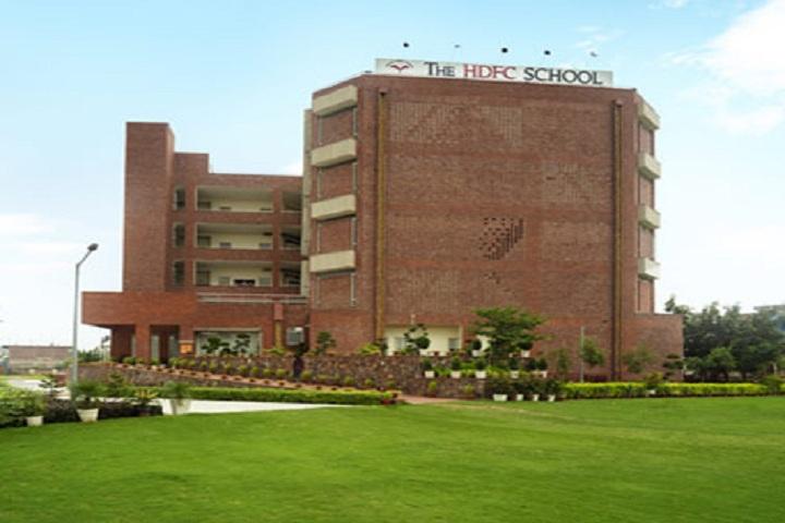 The HDFC School-School building