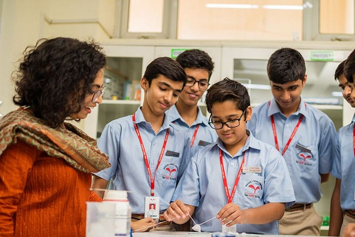 The HDFC School-Science lab