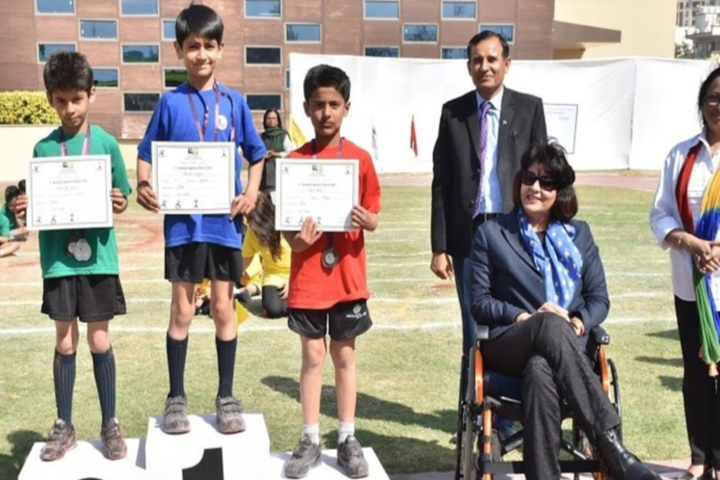 Paras World School India-Awards Distribution