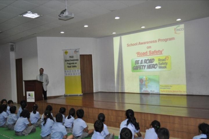 Paras World School India-Road Safety workshop