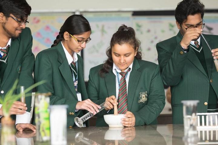 The Shikshiyan School-Chemistry Lab