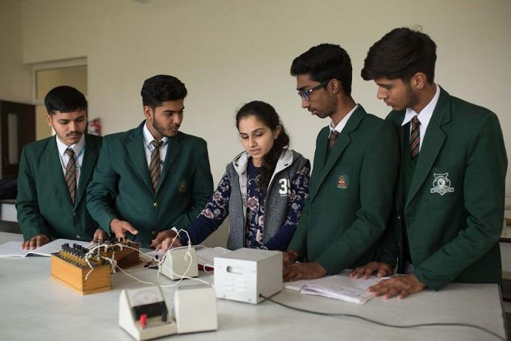 The Shikshiyan School-Physics Lab