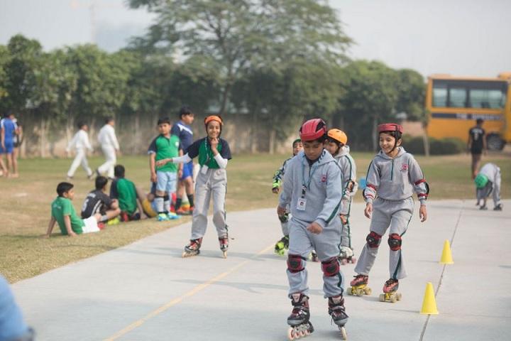 The Shikshiyan School-Skating Class