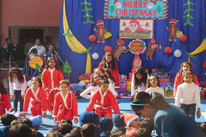 Triveni Memorial Senior Secondary School-Christmas day