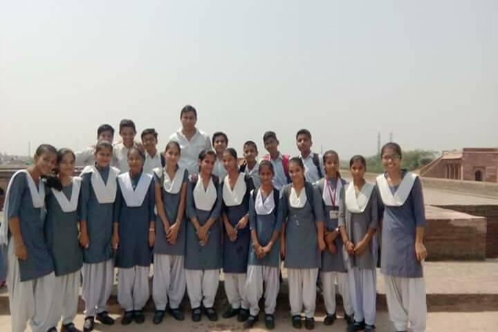 University Senior Secondary Model School-School Trip