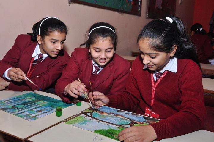 Vaish Model Senior Secondary School-Art Room