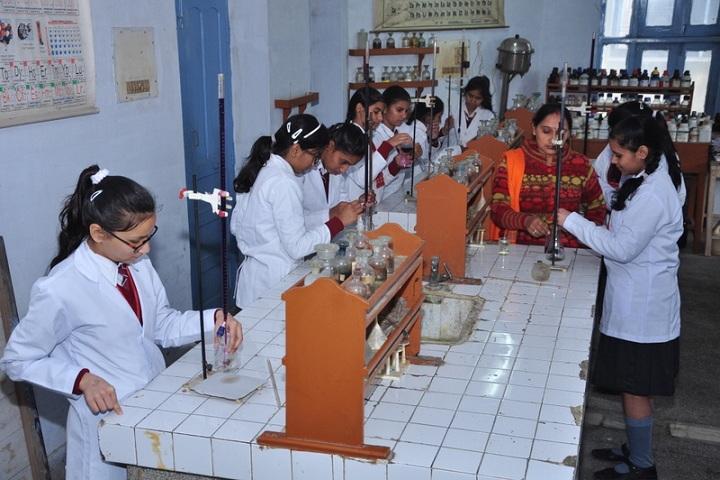 Vaish Model Senior Secondary School-Science Lab