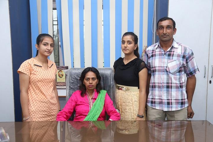 Vishva Bharati Public School-Principal and Students