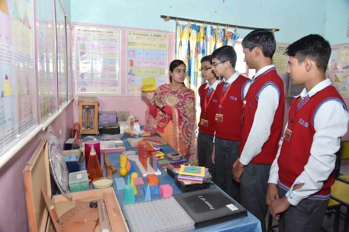 Viveka Nand Bal Mandir Senior Secondary Schoo-Maths Lab