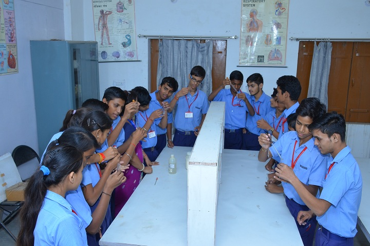 Vivekanand Public School-Science Lab