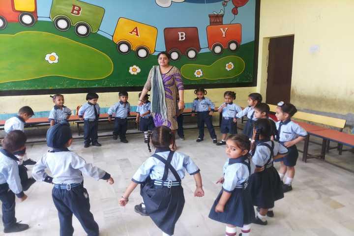 Wellwisher Public Senior Secondary School-Classroom Activity
