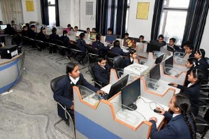 A N M International School-Computer Lab