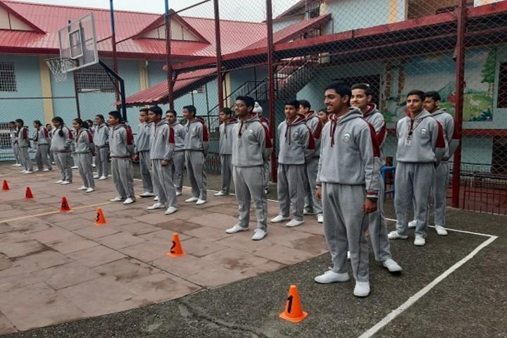 Aadhunik Public School-students