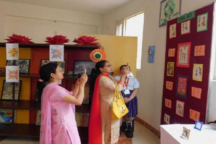 Cambridge International School-School Exhibition