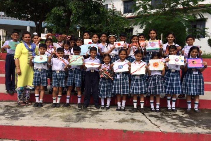 Comet Mensa Public School-Rakhi Making Activity