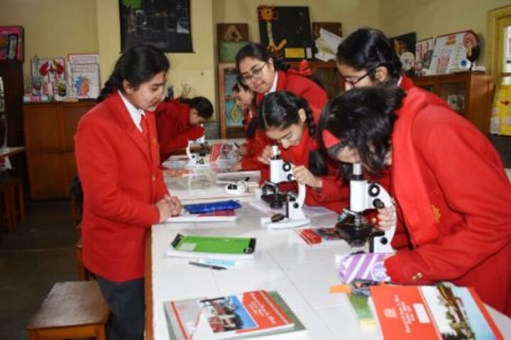 Convent Of Jesus And Mary-Biology Lab