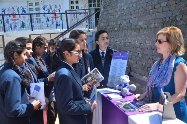 D A V Senior Secondary Public School-interaction