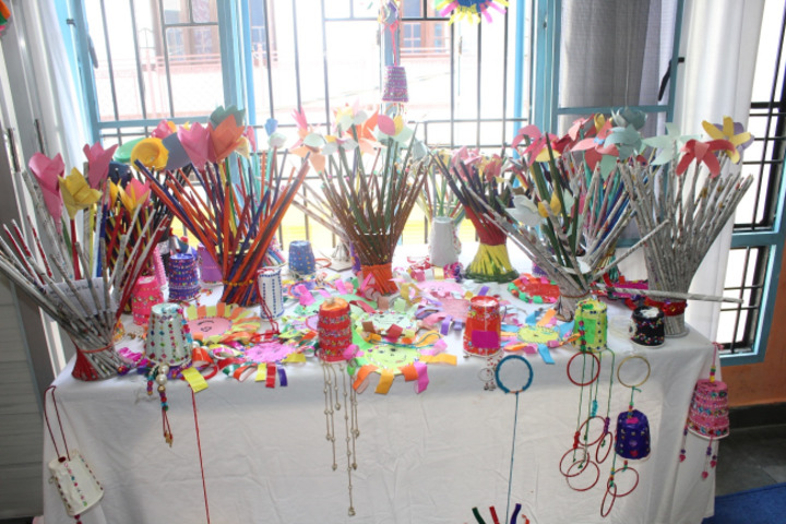 DAV Public School-Art room