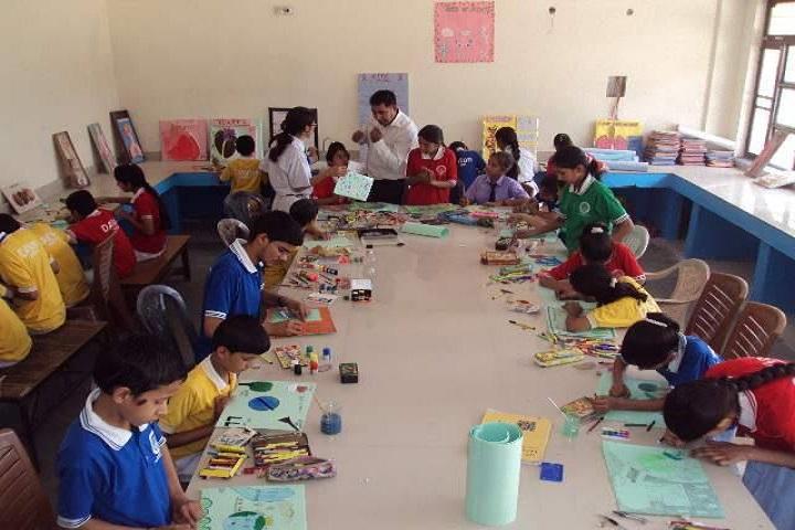 Dav Senior Secondary Public School-Art Room