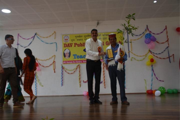 Dav Senior Secondary Public School-Awards