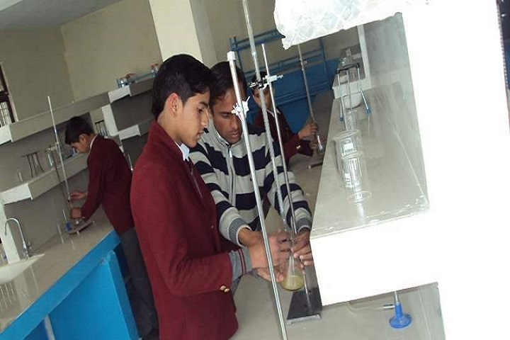 Dav Senior Secondary Public School-Chemistry-Lab