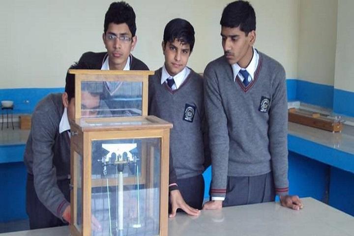 Dav Senior Secondary Public School-Physics-Lab