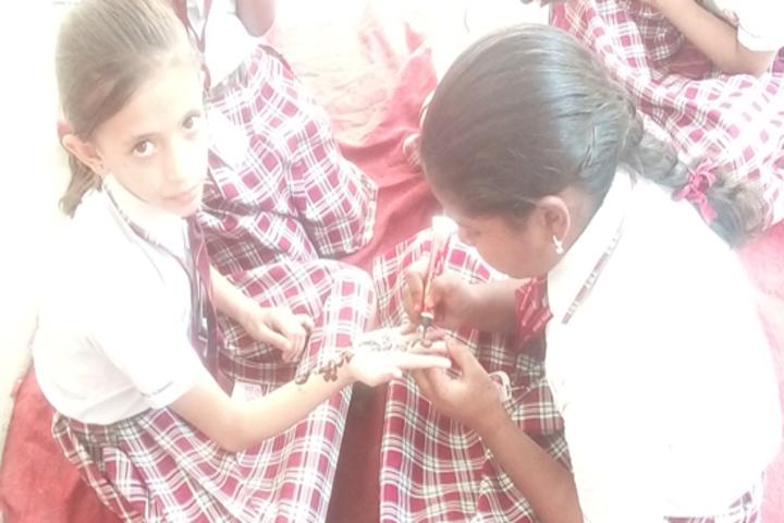 Golden Valley Public School-Mehandi Competition