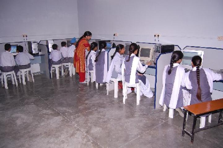Guru Nanak Mission Public School-Computer-Lab