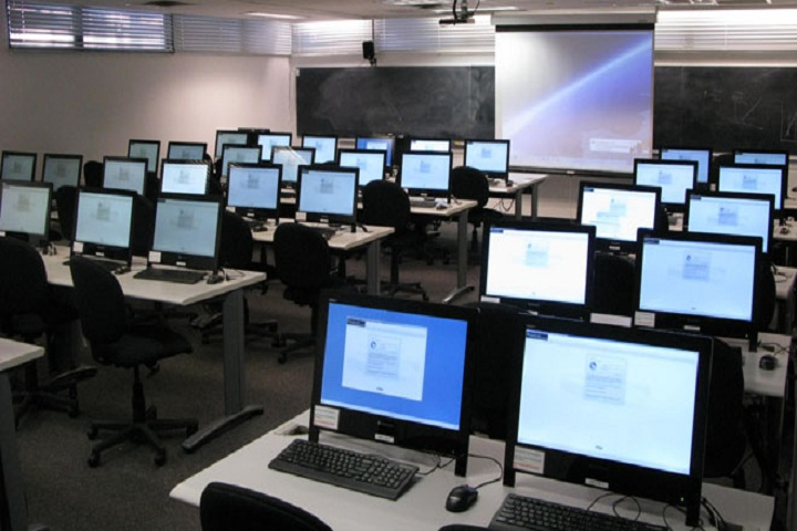 Gurukul Peach Valley International School Rajgarh-Computer-Lab