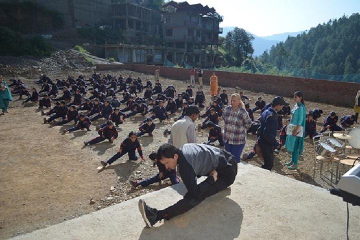 Ivy International School-Yoga