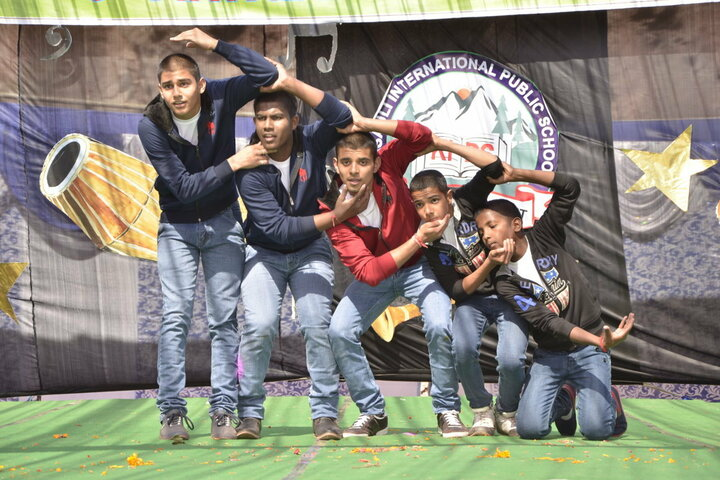 Kasauli International Public School-Dance