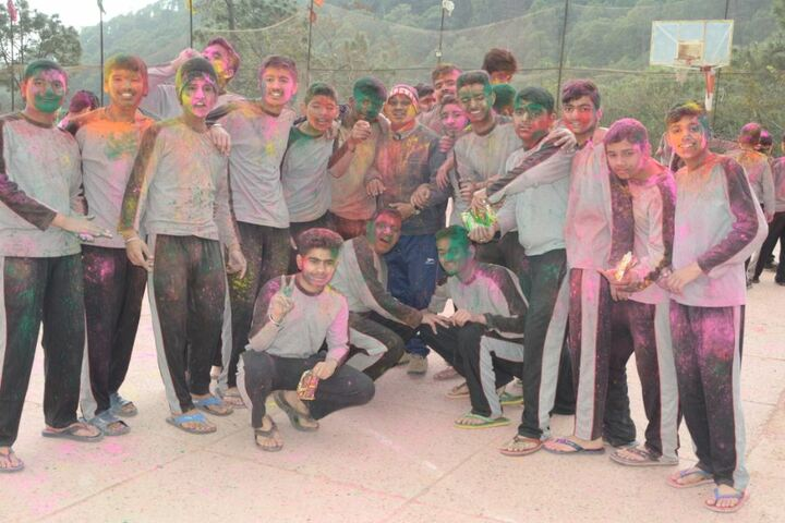 Kasauli International Public School-Holi Celebrations