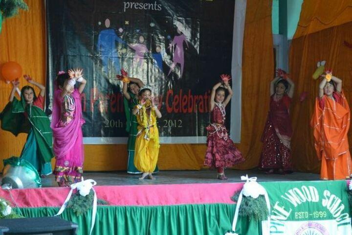 Pine Wood School-Festive Celebrations